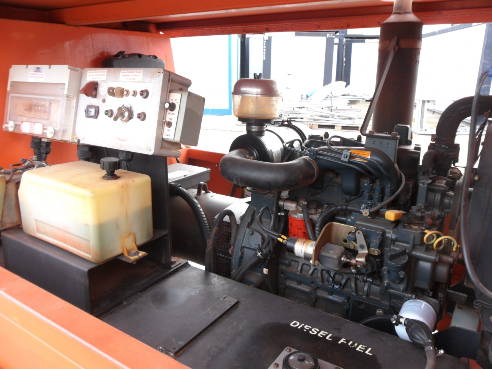 Generador Diesel marca JLG motor Kubota 4