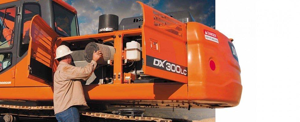 mantenimiento maquina excavadora